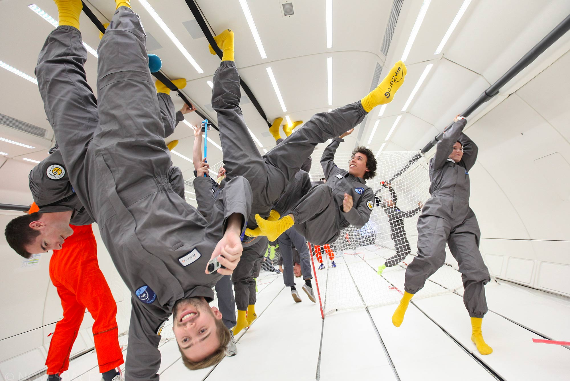 Zero-G - people flying up & down